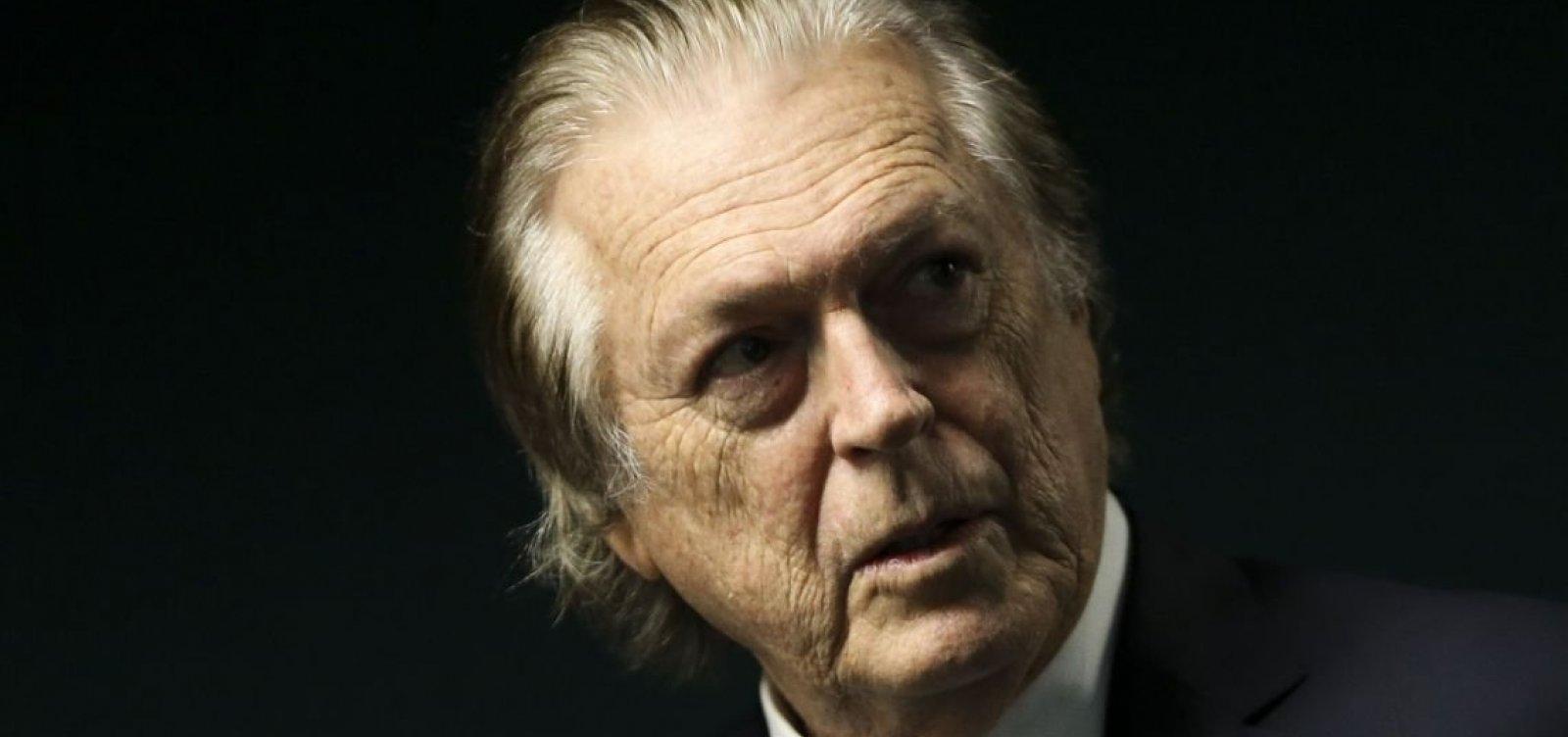 [Bivar diz que Bolsonaro 'já está afastado' do PSL]