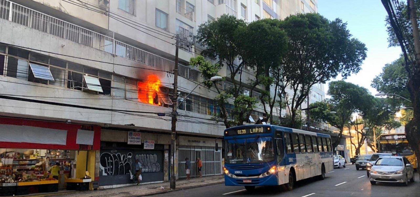 [Incêndio atinge prédio no Campo Grande; veja vídeo]