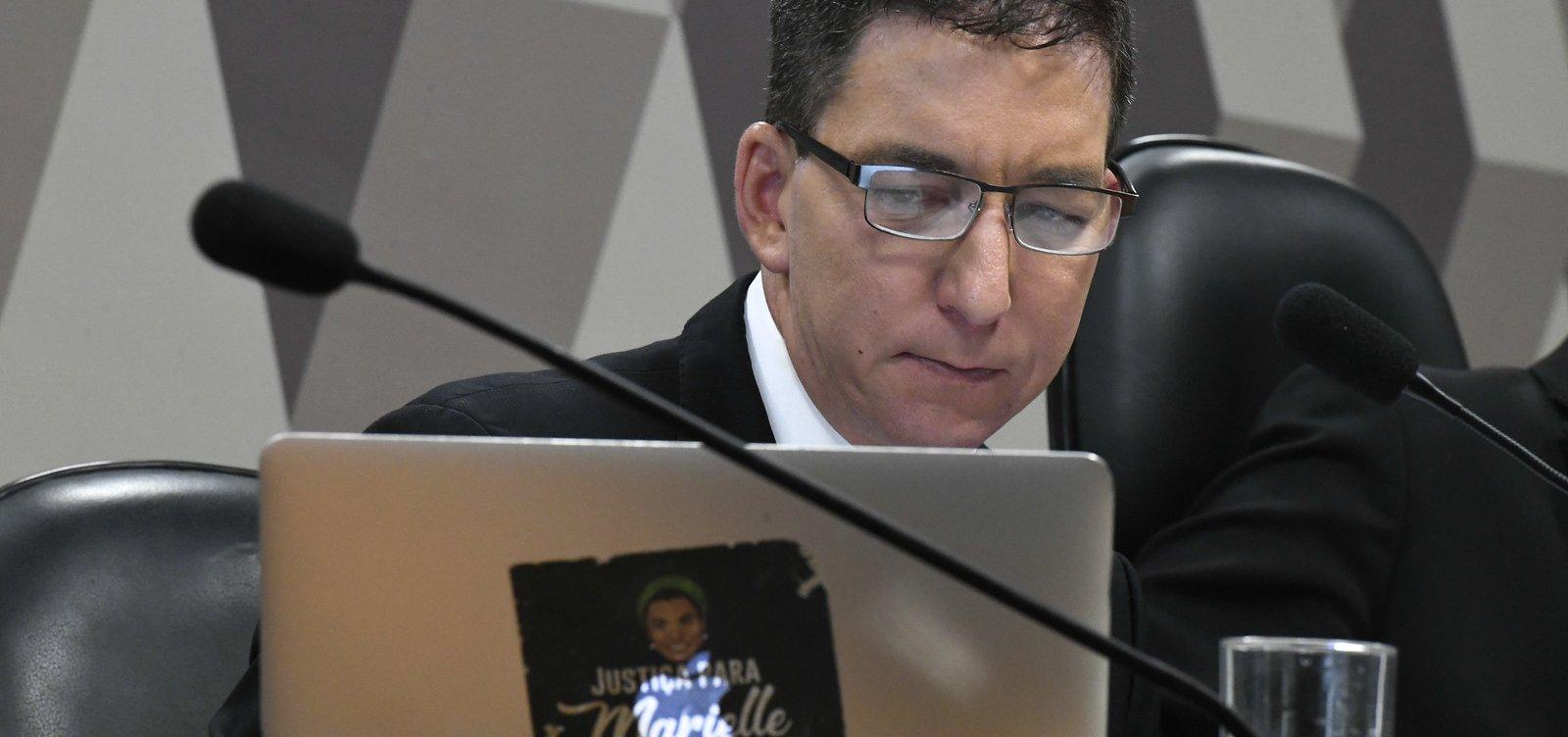 [Glenn Greenwald processará blogueiro que falou de sua mãe]
