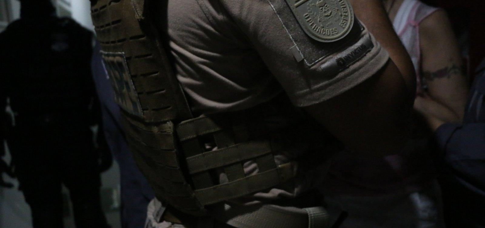 [Policial relata participação de grupo de grevistas em ataque a viatura, diz SSP]
