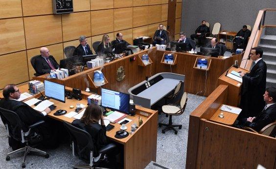 [Relator vota contra proibição e julgamento de locações por aplicativo é suspenso]