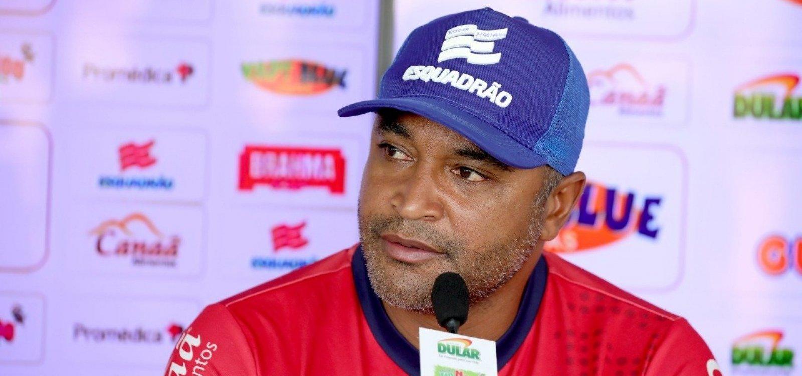 [Roger Machado rejeita proposta do Inter e segue no comando do Bahia]