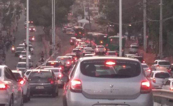 [Acidentes deixam o trânsito lento nesta sexta em Salvador]