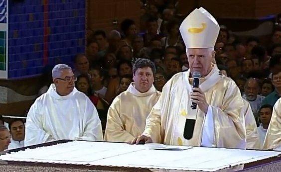 [Em Aparecida, arcebispo diz que 'direita é violenta e injusta']