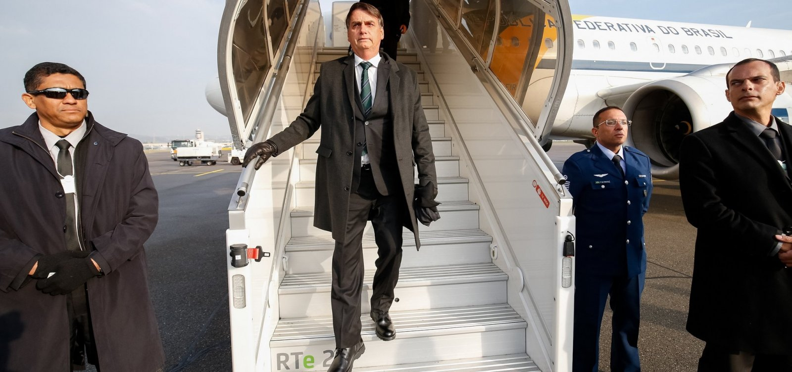 [Bolsonaro viajará ao Oriente Médio para buscar investimentos de fundos bilionários]