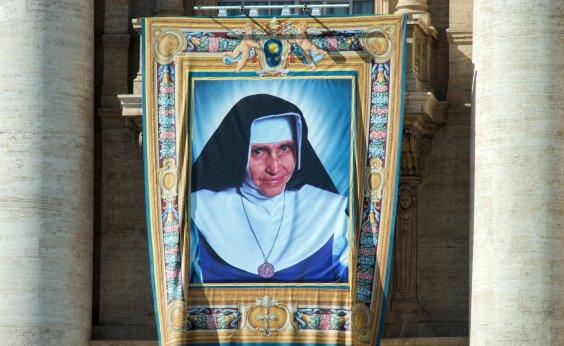 [Primeira missa para Santa Dulce é celebrada em basílica de Roma]