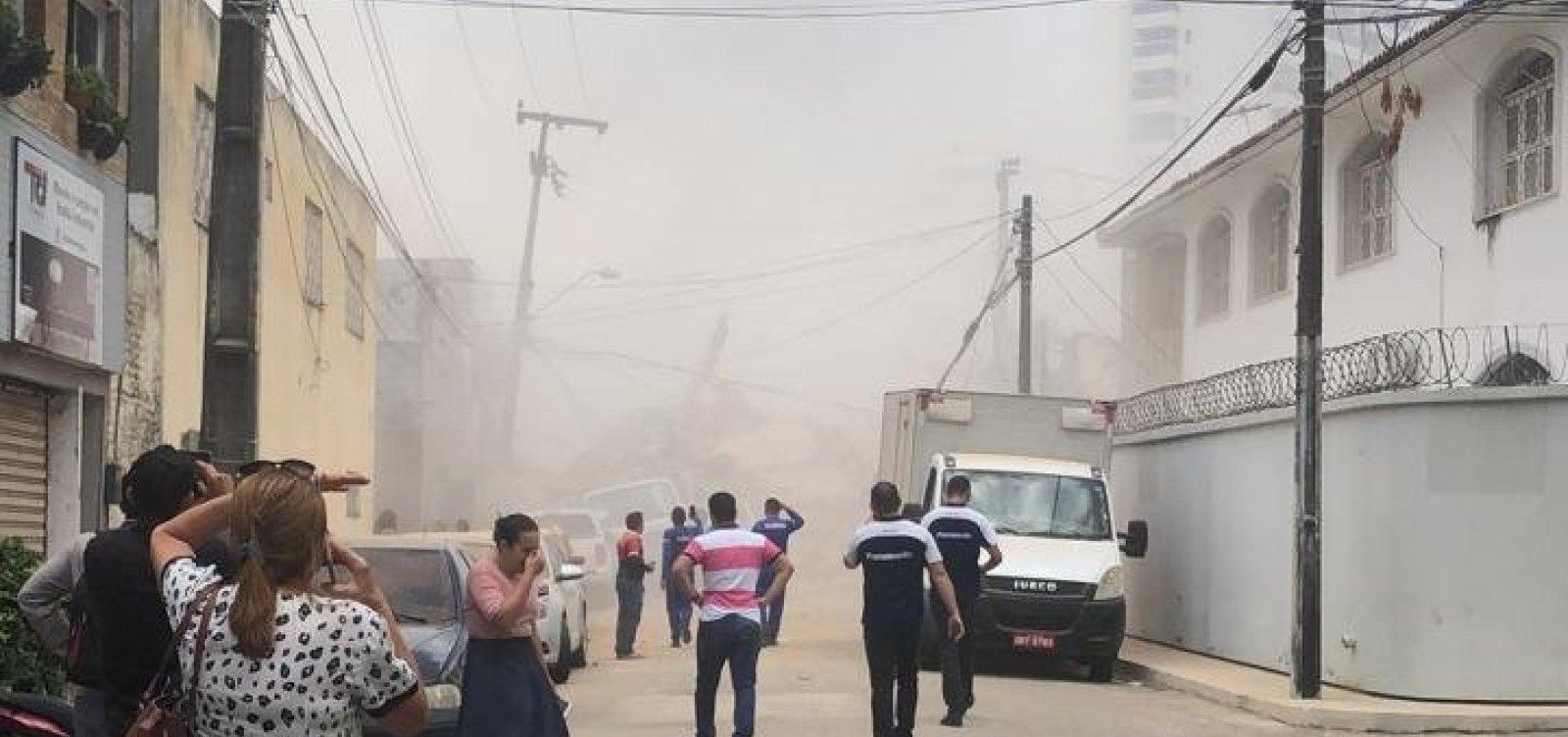 [Desabamento de prédio deixa ao menos um morto e três feridos em Fortaleza]