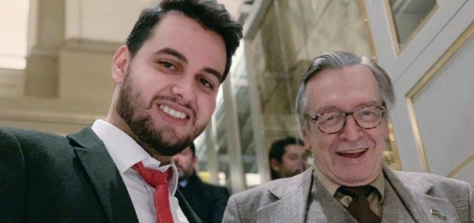 [Assessor de Bolsonaro é convocado pela CPMI das fake news]
