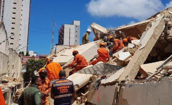[Aumenta para 2 nº de mortos em desabamento de edifício em Fortaleza]