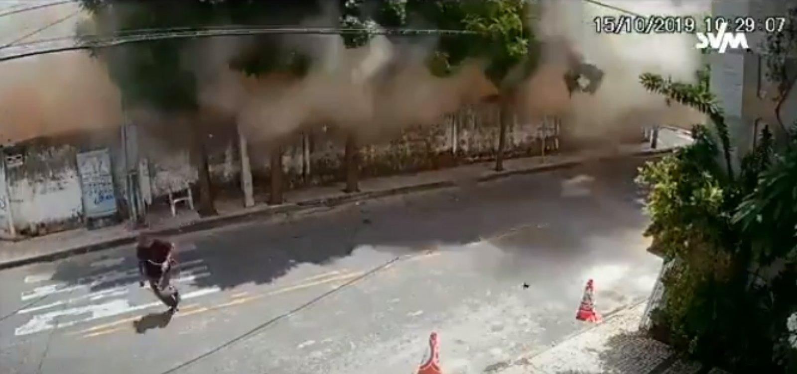 [Novo vídeo mostra momento exato em que prédio desaba em Fortaleza]