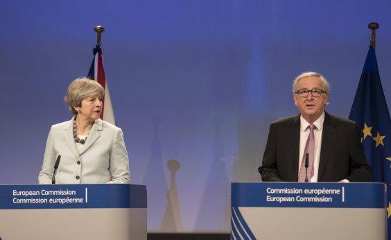 [ União Europeia e o Reino Unido chegam a acordo sobre Brexit]