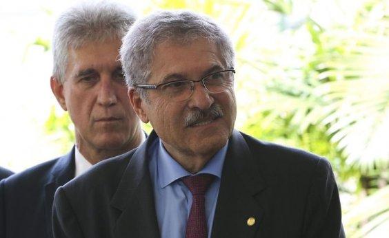 [José Rocha avalia que Joice Hasselmann perdeu liderança após apoio a Bivar]