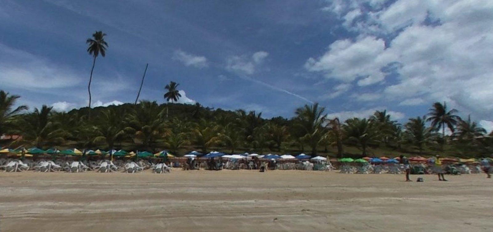 [Óleo nas praias: Fundação Baía Viva acompanha balneabilidade de Ilha dos Frades]