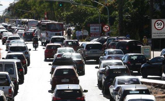 [Mais de 208 mil veículos foram notificados este ano na Bahia por atraso em pagamento do IPVA]