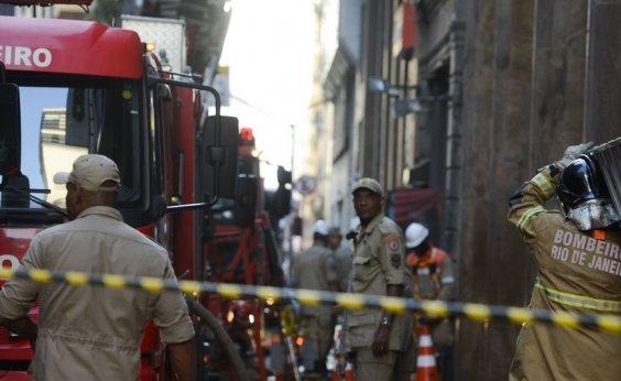 [Defesa Civil interdita Whiskeria Quatro por Quatro no Rio de Janeiro]