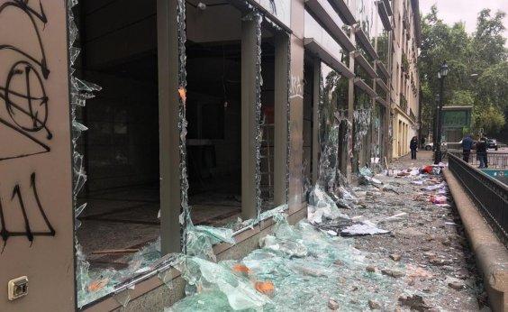 [Chile decreta toque de recolher em mais regiões; governo diz que há mortos]