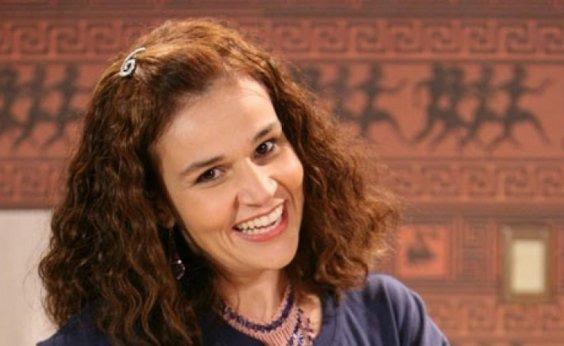 [Claudia Rodrigues tem alta e brinca: 'Meu cérebro é tão grande que diminuiu e encaixou']