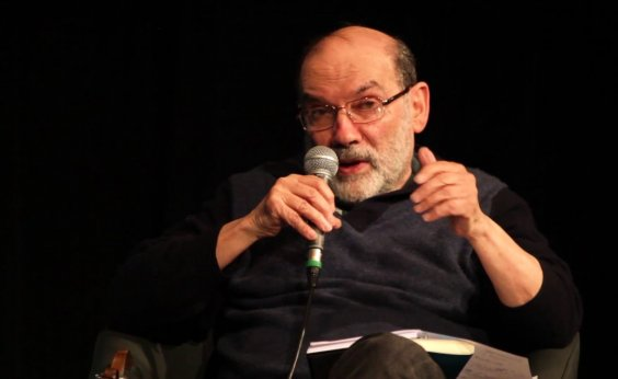 [Ruy Fausto diz que Moro segue como 'mito' devido a 'fetichização do fenômeno corrupção']
