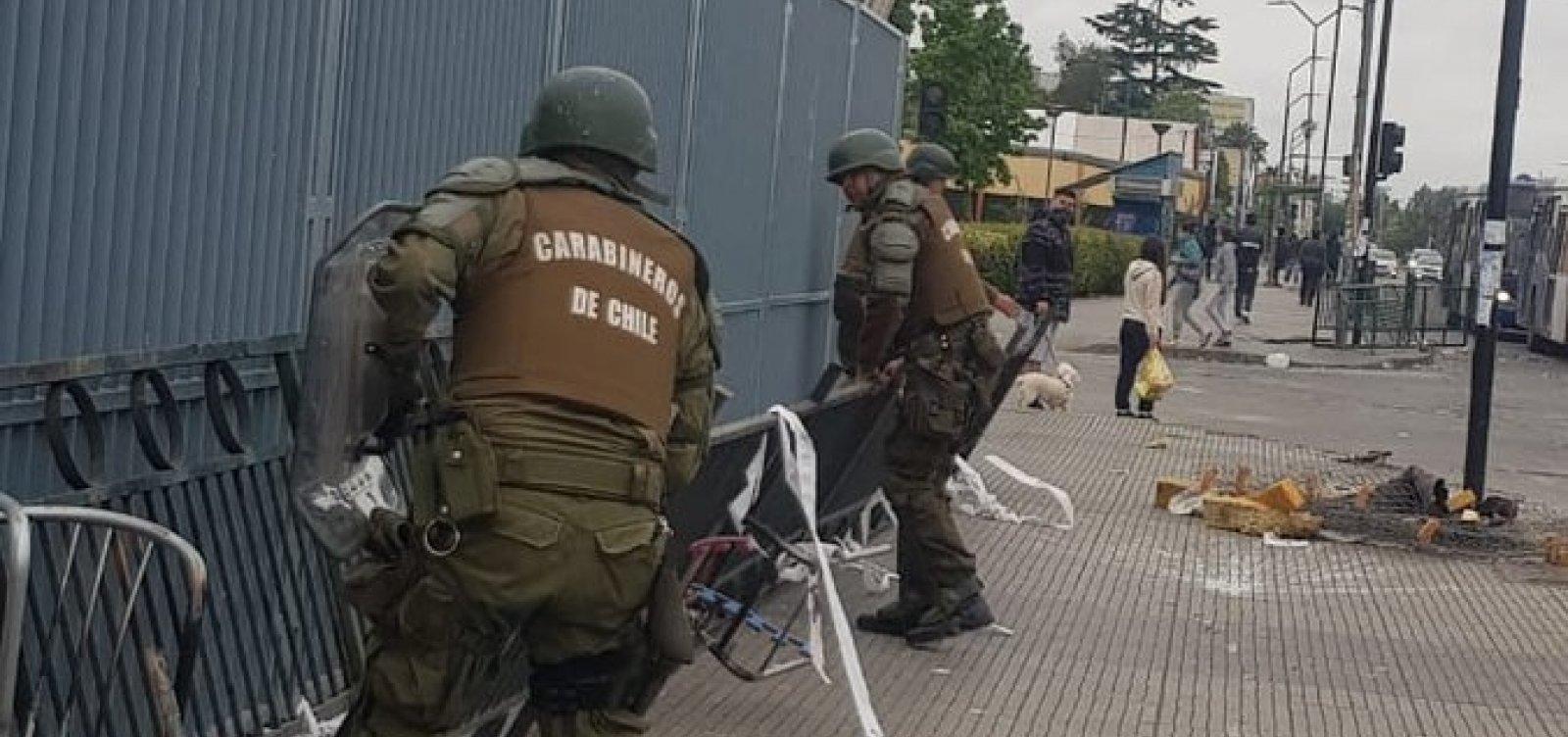 [Sobe para 11 número de mortos em protestos no Chile; presidente diz que país está 'em guerra']
