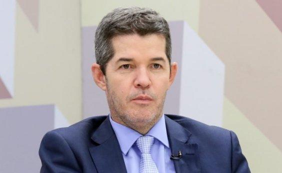 [Após embates, Delegado Waldir passa liderança do PSL para Eduardo Bolsonaro]