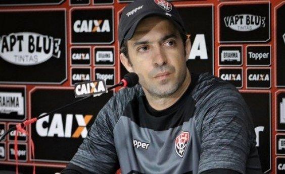 [Após três anos, João Burse deixa o comando do time Sub-23 do Vitória]