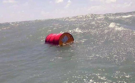 [Marinha investiga cerca de 30 navios na busca por origem de óleo]