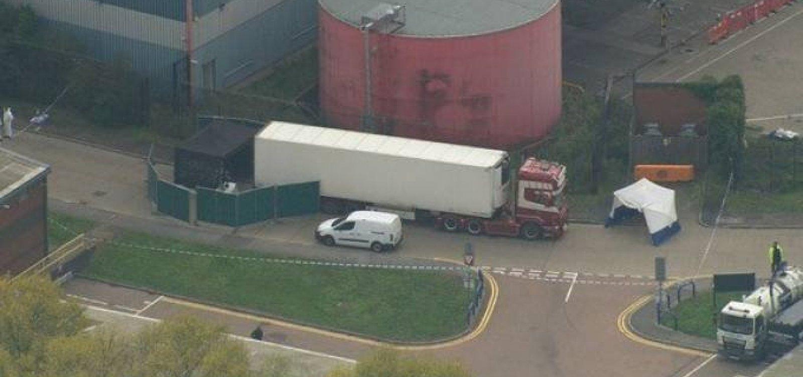 [Polícia localiza 39 corpos em um caminhão no Reino Unido]