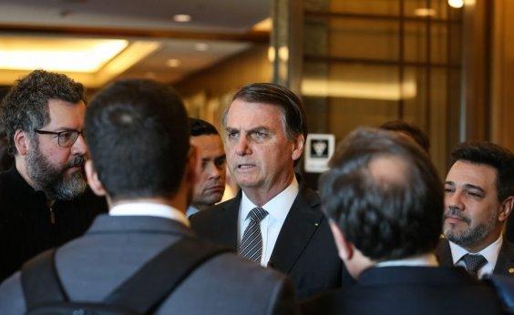 [No Japão, Bolsonaro comemora aprovação da Previdência e ironiza críticas]
