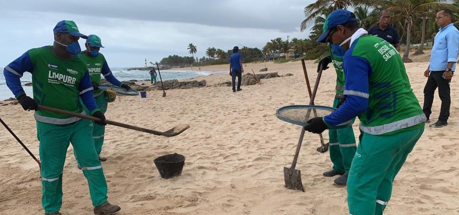 [Prefeitura retira quase 105 toneladas de óleo das praias de Salvador]