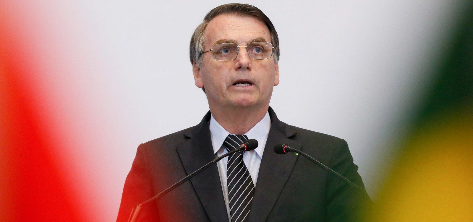 [Bolsonaro diz que protestos no Chile são 'terrorismo']