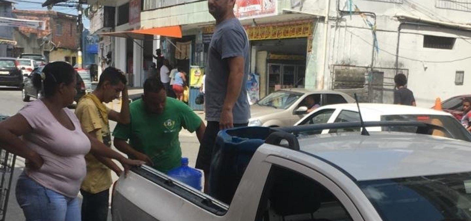 [Moradores reclamam de falta de abastecimento de água em Pau da Lima]