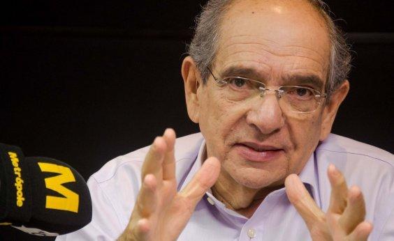[MK se diz preocupado com protestos no Chile e política brasileira: 'O negócio tá indo pro brejo'; ouça]