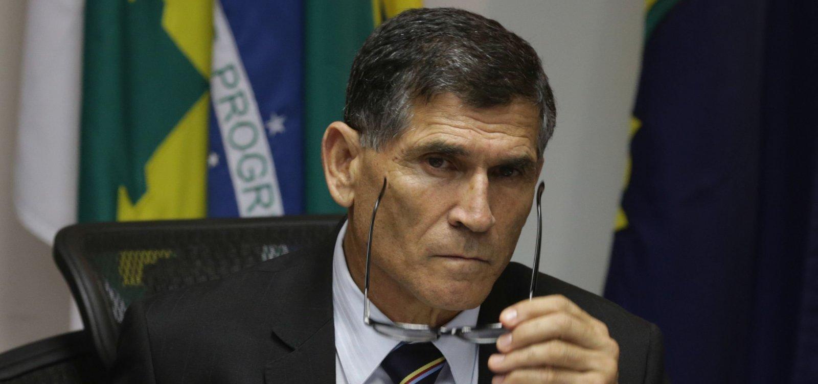 [Grupo anti-Bolsonaro do PSL quer general Santos Cruz no partido]