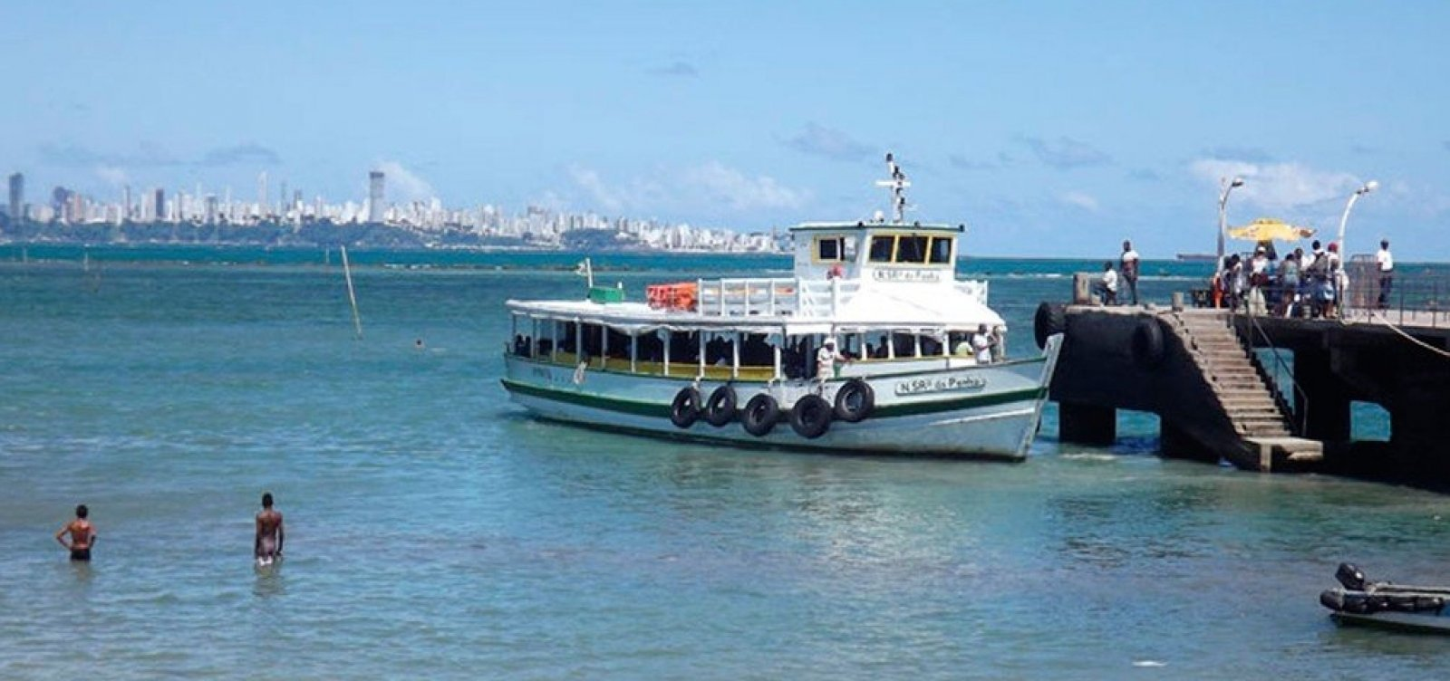 [Travessia Salvador-Mar Grande é interrompida por causa de maré baixa]