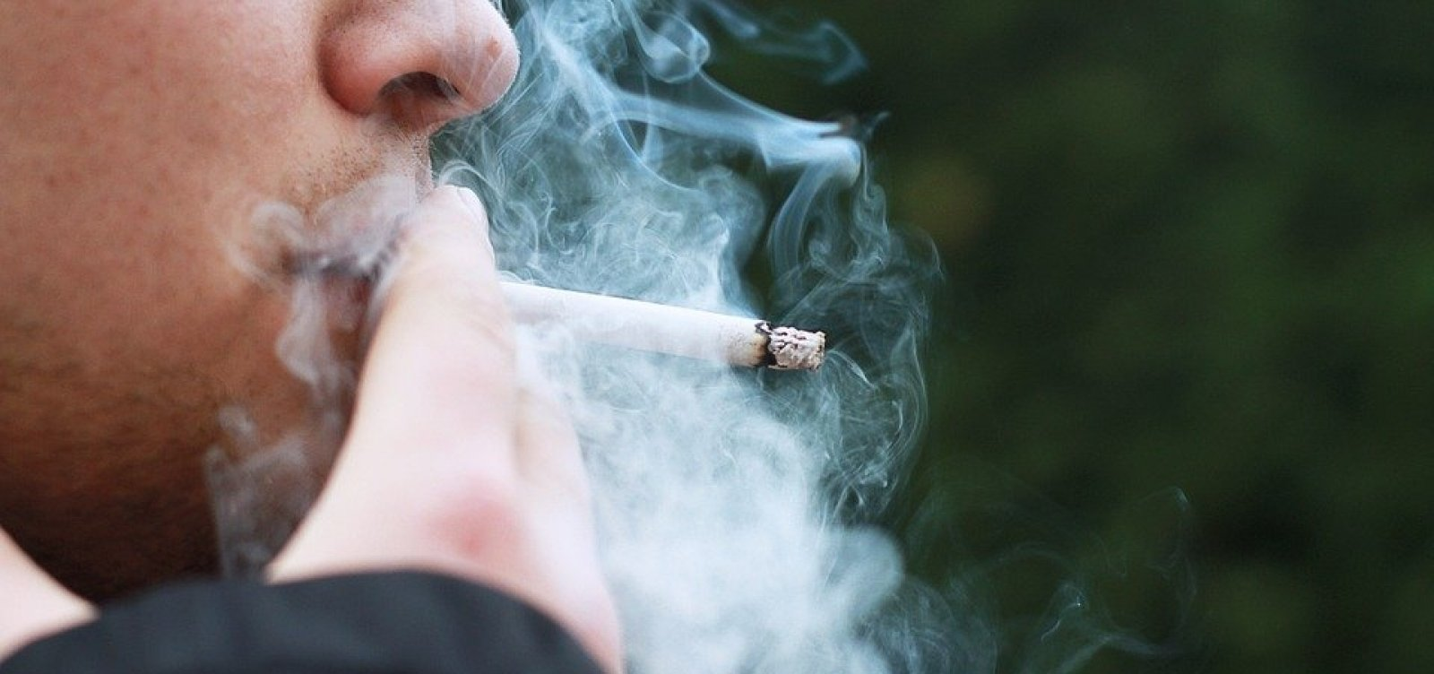 [Medidas antitabaco diminuíram numero de fumantes em 40% no Brasil]