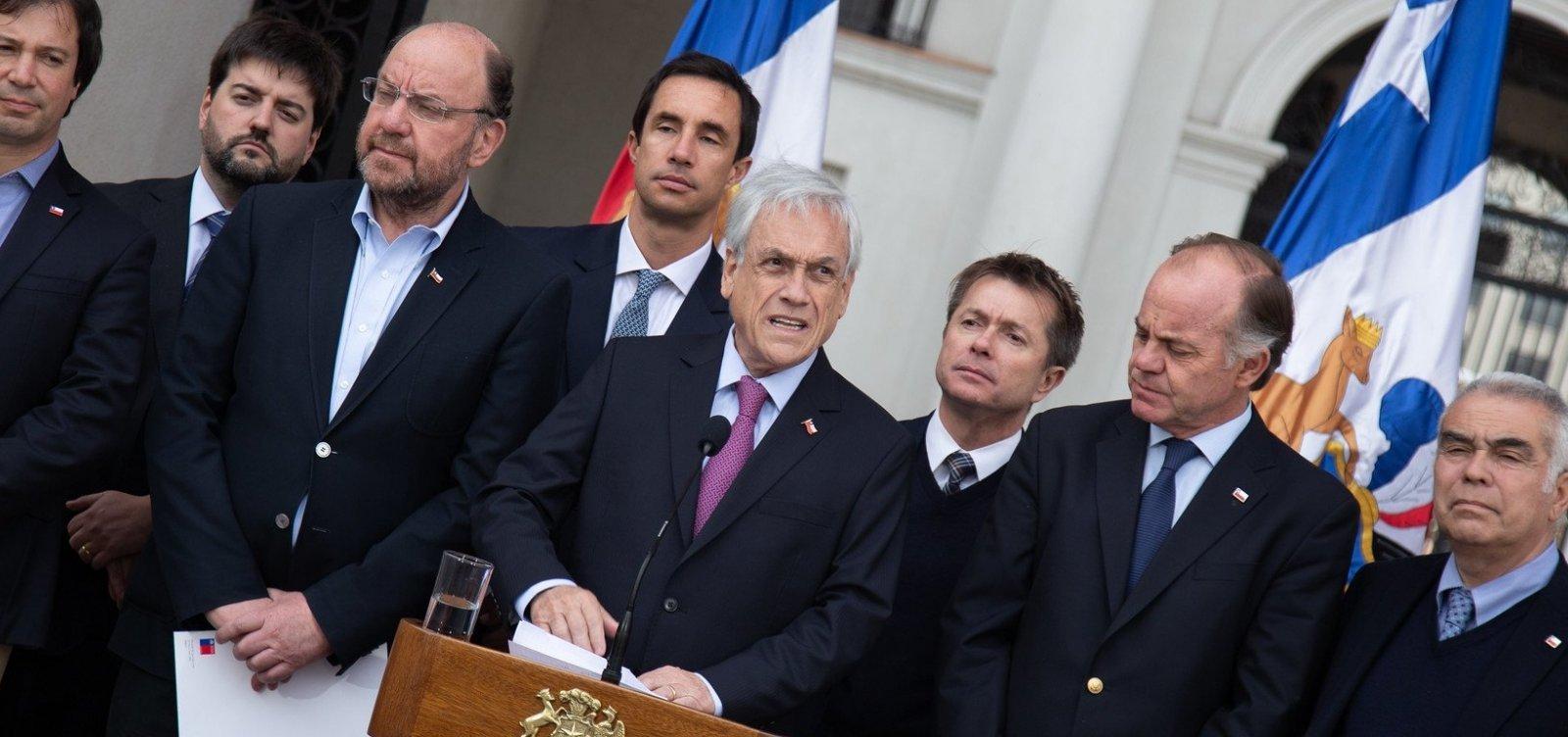 [Piñera cancela cúpulas econômica e climática após protestos no Chile]