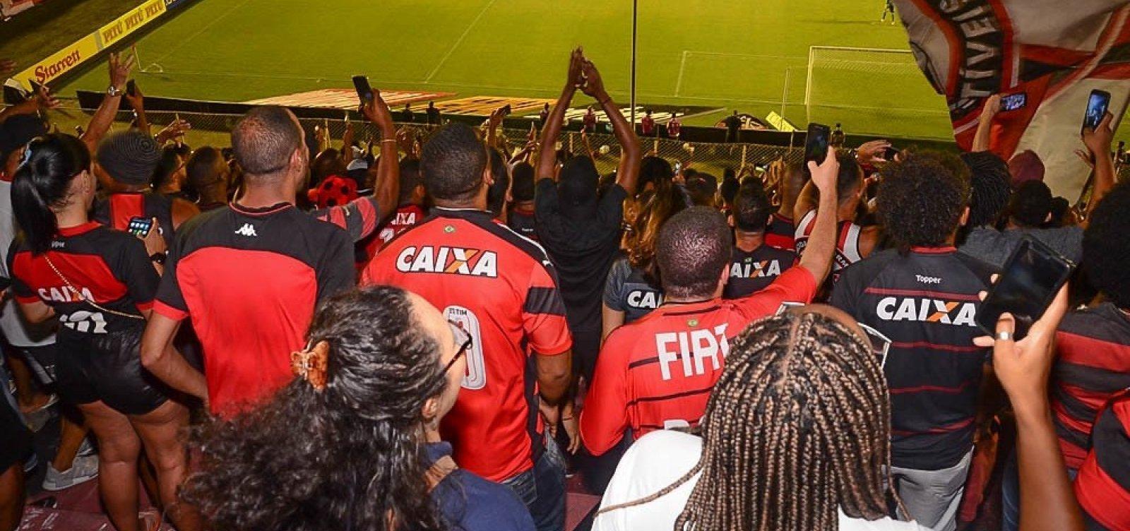 [Vitória anuncia promoção com Brahma para jogo no sábado: '4 por R$ 10']