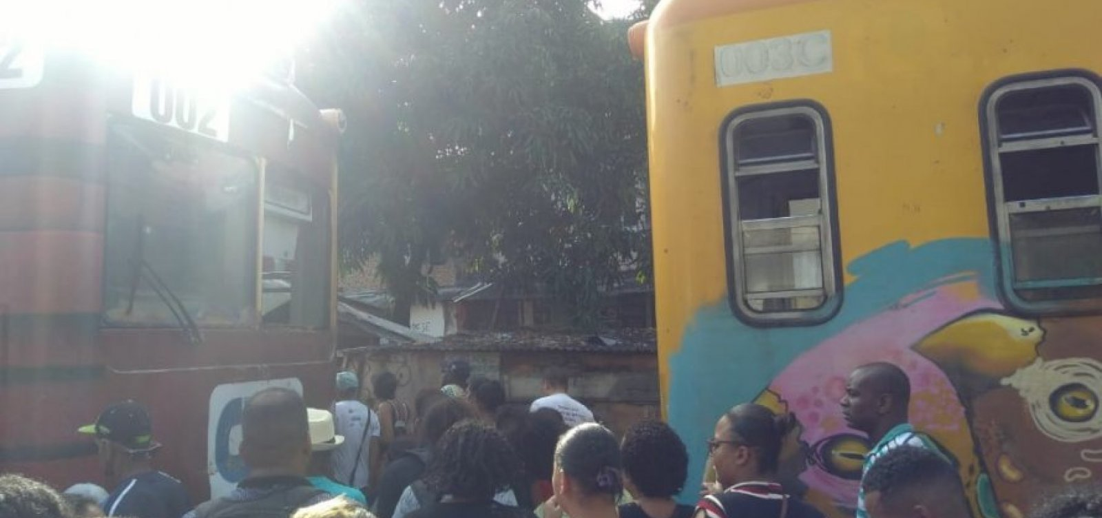 [Mais de 40 pessoas ficam feridas em colisão de trens em Salvador]