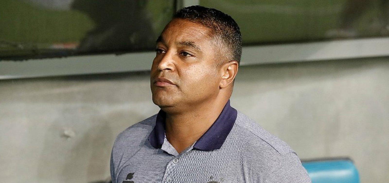 ['Valeu pelo retorno da confiança', diz Roger após empate entre Bahia e Cruzeiro]