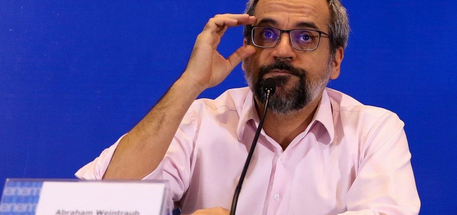 ['Enem não é para polemizar', diz ministro sobre falta de questões sobre ditadura]