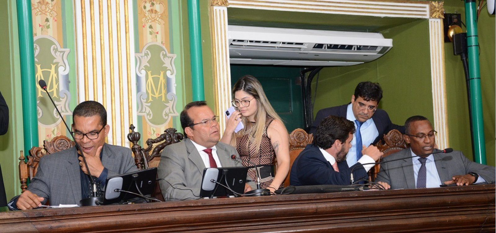 [Câmara de Salvador mantém vetos de ACM Neto a regulamento do Uber]