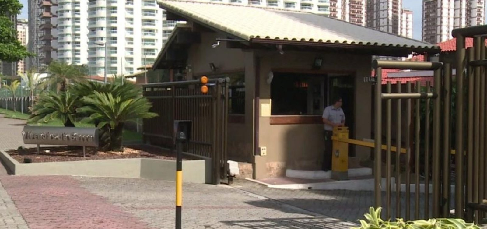 [Delegado admite erroque adiou inclusão de condomínio de Bolsonaro no caso Marielle]
