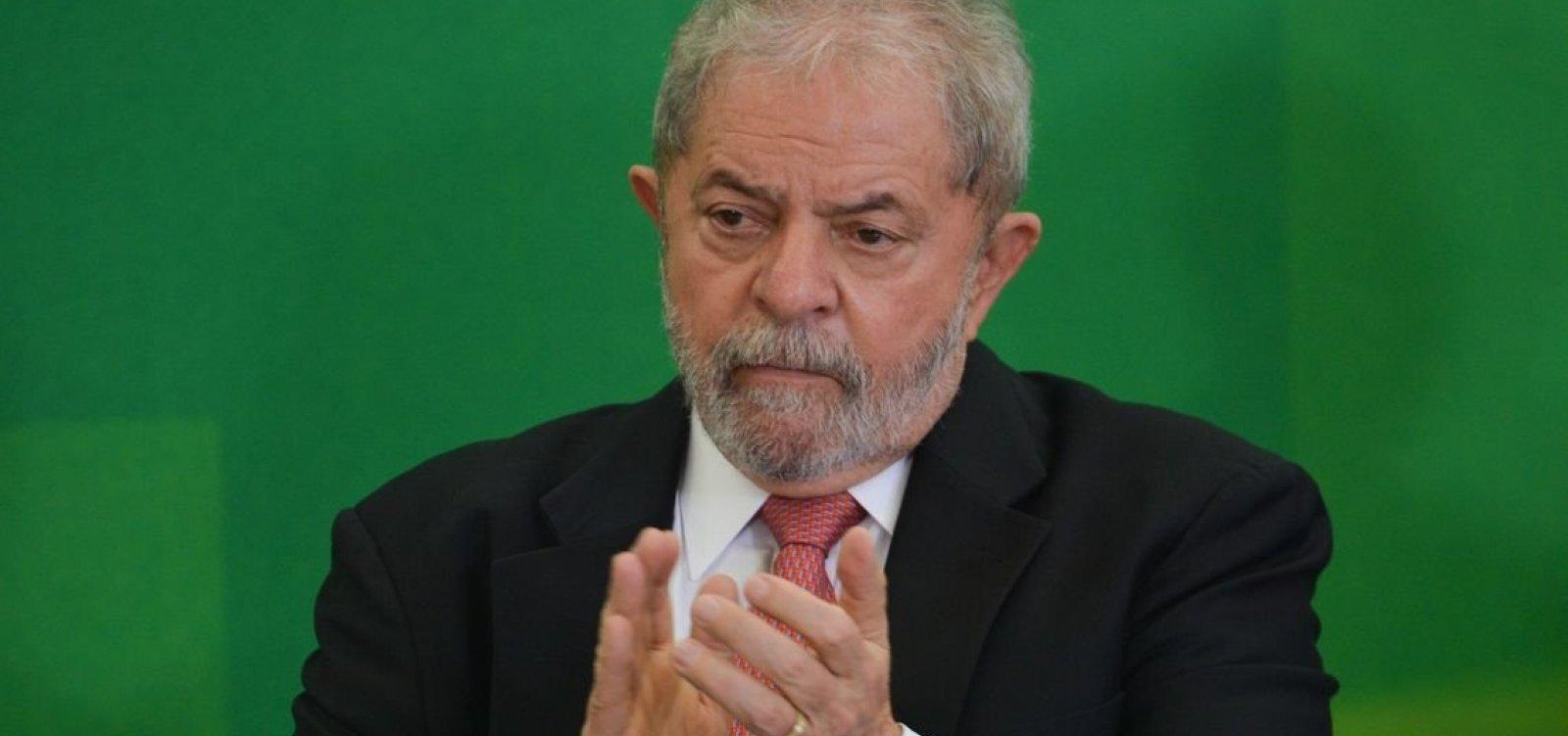[Defesa de Lula pede que petista deixe prisão após decisão do STF]