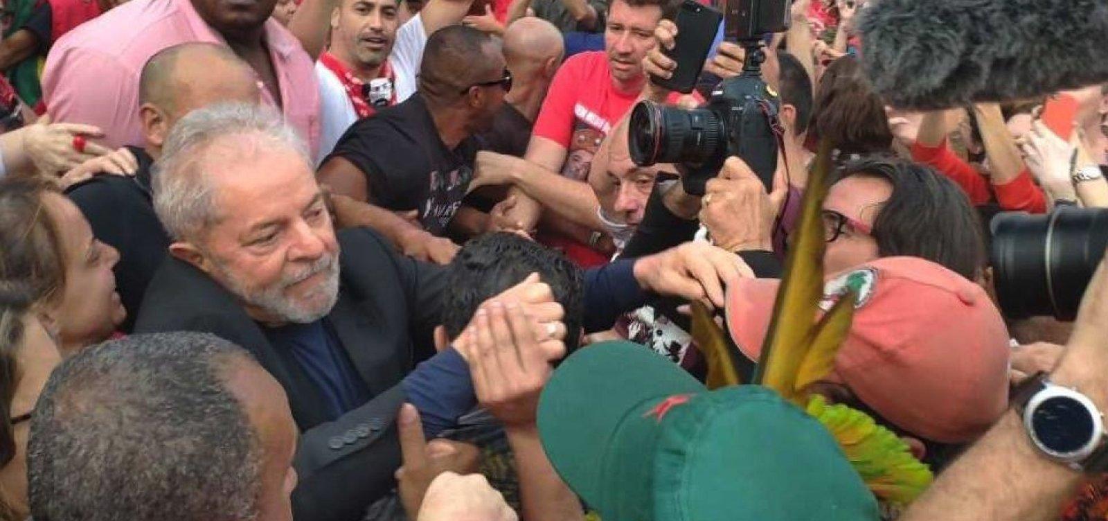 [Lula estará em Salvador na próxima quinta-feira, dizem aliados]