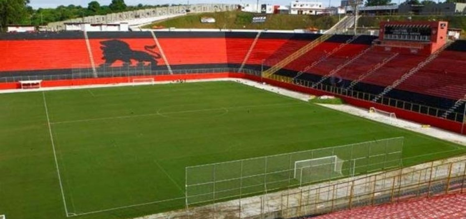 [Paulo Carneiro impede entrada de equipe de jornalismo no Barradão para cobrir jogo contra o CRB]