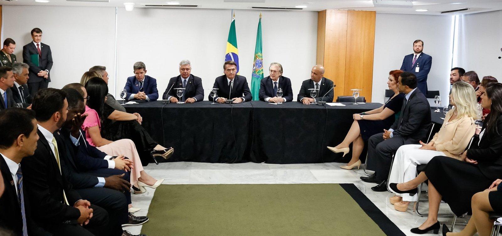 [PSL acelera ofensiva contra aliados de Bolsonaro após mudança de partido]