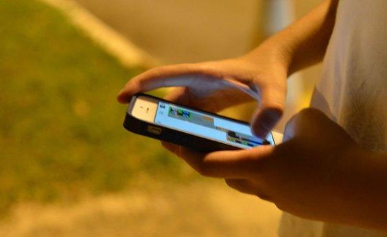 [Posse de celular e acesso à internet são menores entre pretos ou pardos na Bahia, diz IBGE]