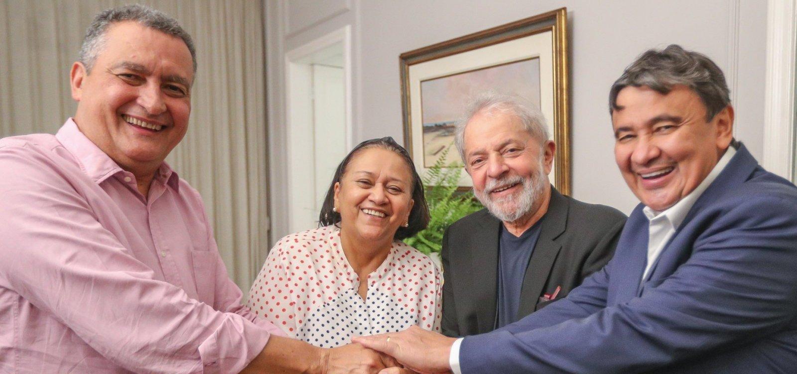[Rui para Lula: 'Estamos ansiosos para lhe ver unindo esse país de novo']