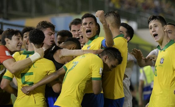 [De virada, Brasil bate França por 3x2 e disputa decisão do Mundial Sub-17]