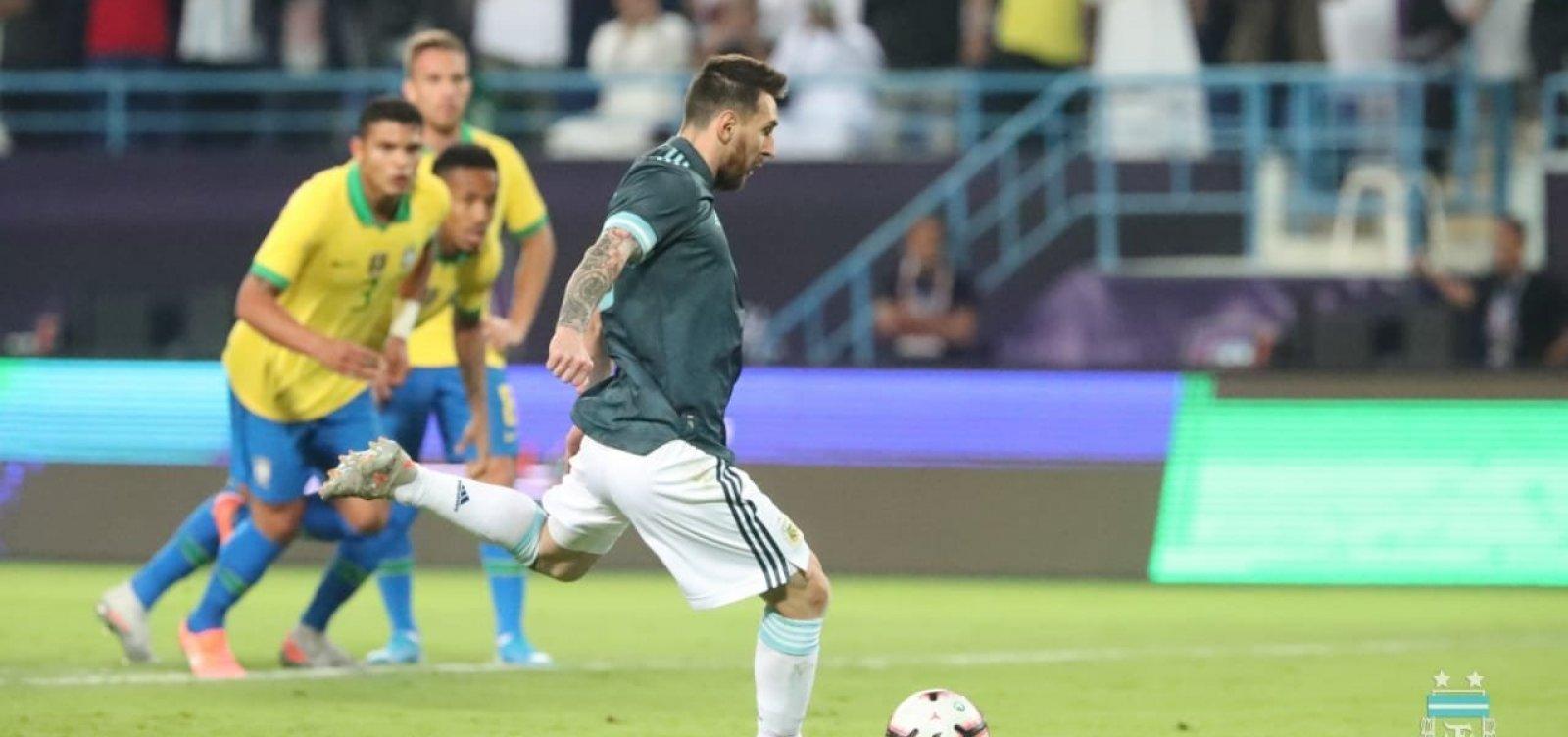 [Brasil é dominado pela Argentina e perde amistoso por 1 a 0]